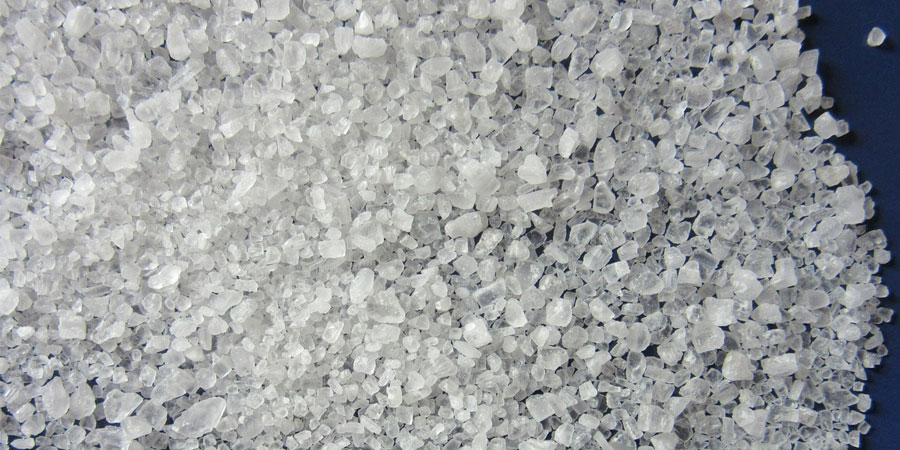 ritual con sal marina para atraer dinero y prosperidad